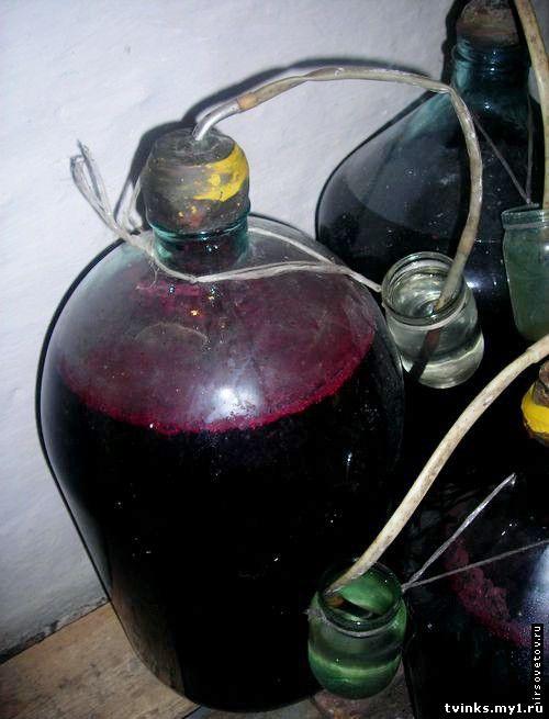 Как сделать вино в домашних условиях виноградное